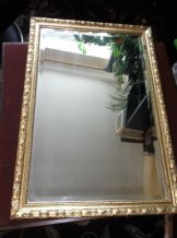 "VINTAGE BEVEL EDGE REFLECTWELL MIRROR WITH ORNATE GILT WOODEN FRAME 26.5"" x 18"""